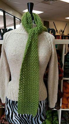 V-Stitch Scarf - free crochet pattern by Margaret Schroeder. Dk weight yarn.