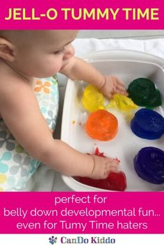 Jello gelatin jelly Tummy Time - baby sensory play and learning baby play. Perfect play for 2 month olds, 3 month olds, 4 month olds and 5 month olds! Tips from a pediatric Occupational Therapist. Gross Motor Activities, Infant Activities, Activities For Kids, 4 Month Old Baby Activities, Baby Activites, Indoor Activities, Baby Sensory Play, Baby Play, Sensory For Babies