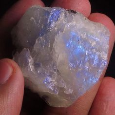 183-45CT-Moonstone-Specimen-Facet-Rough-100-Natural-YMLY619