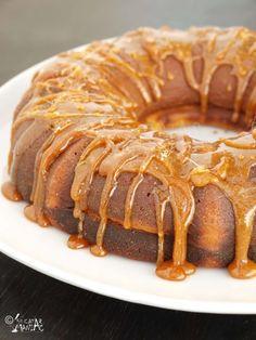 chec cu lamaie - pund cake
