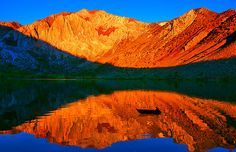 Wow, convict lake up in the Mammouth Ca area, It is a tiny lake but so beautiful. Wow what a picture.