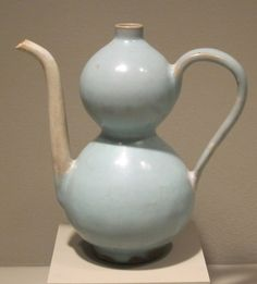 Chinese Chun ware from the Sung Dynasty Minneapolis Institute of Arts Ceramic Teapots, Vintage Ceramic, Ceramic Art, Stone Age Art, Ceramic Pinch Pots, Cute Teapot, Powerful Art, Historical Artifacts, Ceramics Projects