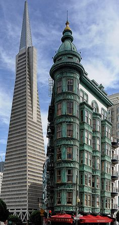 Old and New / San Francisco / CA, USA