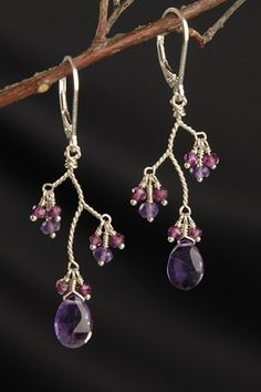 """Welcome to Pure Stunning Jewelry! Here you will find """"stunning"""" jewelry for any occasion. We specialize in bubble statement necklaces and are always expanding our collections! Please convo me if you have any questions!    http://www.etsy.com/shop/PureStunning"""