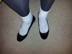Loafers With Socks, Socks And Heels, Ankle Socks, Ballerina Flats, Ballet Shoes, Dance Shoes, Flats Outfit, Female Feet, Sexy Stockings