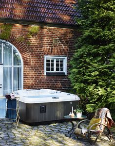 Jacuzzi by Folkpool. Jacuzzi, Outdoor Activities, Tub, Outdoor Decor, Inspiration, Home Decor, Pictures, Biblical Inspiration, Bathtubs