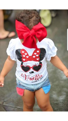 32fcf007b77 These adorable Diva Minnie shirts are perfect for that upcoming family  holiday or just for your