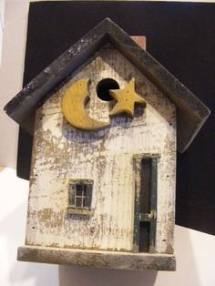 Wood Folk Art Birdhouse OOAK Blackbird Primitive Yard Bird House 15 75"
