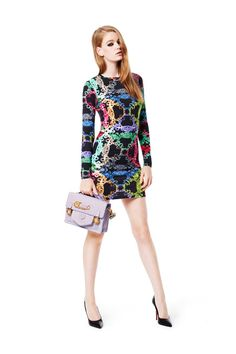 Versus Versace Fall 2014 Ready-to-Wear Collection Photos - Vogue Versace Fashion, Runway Fashion, Fashion Show, Fashion Design, Fashion Trends, Milan Fashion, Women's Fashion, High Fashion, Russian Fashion