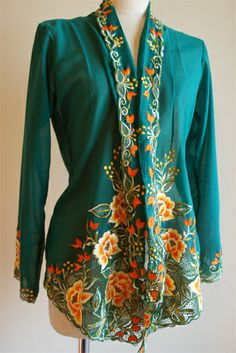 Kebaya, The Good Old Days, Ethnic, Kimono Top, Cover Up, Asian, Couture, Tattoo, My Favorite Things