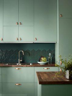 #gloss #green #high #Ikea #Kallarp #kitchen #light