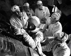 """Surrounded by five technicians, Astronaut L. Gordon Cooper is assisted into """"""""Faith Credit : NASA Gordon Cooper, Astronaut, Nasa, Mercury, Gemini, Faith, Space, Anime, Twins"""