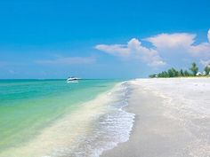 Sanibel Island Fl the best beach ever, all the shells you want and crystal clear water    #Travel #DanCamacho
