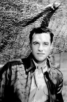 goldenageestate: Gene Kelly ~ Pilot #5, 1943