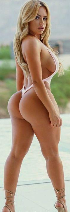 Sexy Blonde Latina Model Daniela Tamayo Perfect Legs In Bikini Mylust 1