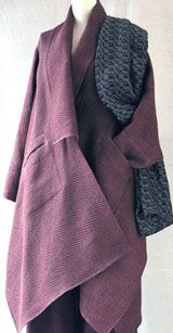 Japanese coat, assymetrical, I am guessing it is of wool? Textiles, Japanese Coat, Fashion Details, Fashion Design, Japanese Fashion, Mantel, Knitwear, What To Wear, Cool Outfits