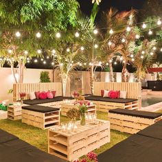 Outdoor event season is here! We loved being apart of this fabulous 40th birthday celebration that we designed using a vibrant color palette to create a rustic yet chic look and feel #carouselweddings #dubai #qatar #gcc #photo #carouselflorals #event #happybirthday #mydubai