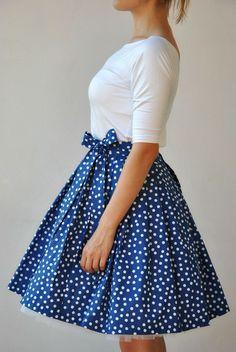 Zavinovací sukně Modrobílé puntíky!   Zboží prodejce Reparáda 6b7bd3f366
