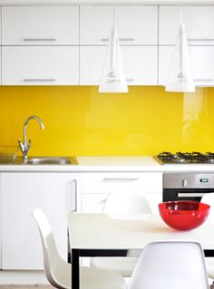 1000 images about for the home on pinterest glass backsplash eames and white kitchens - Glass splashbacks usa ...