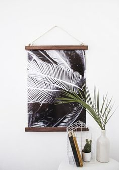 21 Wall Art Projects That Are Actually Affordable - DIY Palm Leaves Wall hanging frame at Design*Sponge - Diy Wand, Hanging Frames, Diy Hanging, Hanging Posters, Hanging Wall Art, Diy Wall Art, Wall Decor, Fabric Wall Art, Unique Wall Art