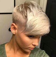 50 Women's Undercut Hairstyles to Make a Real Statement Undercut Hairstyles, Pixie Hairstyles, Cool Hairstyles, Undercut Pixie, Bridal Hairstyles, Short Sassy Hair, Short Hair Cuts, Short Hair Styles, Pelo Pixie