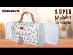 Super malinha de viagem   Minha Mãe na Costura - YouTube Flower Bag, Diy Purse, Handmade Handbags, Diy Embroidery, Sewing Patterns Free, Craft Work, Clutch Bag, Diaper Bag, Diy And Crafts