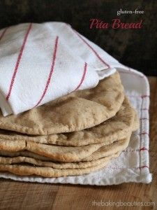Gluten Free Pita Bread from The Baking Beauties // Cannot wait to try this!