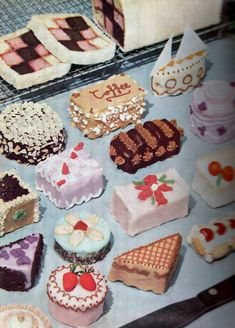 1950's retro bite size cakes + desserts, from Good Housekeeping's Picture cookery
