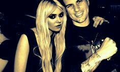 M. Shadows Avenged Sevenfold  #mshadows #A7x #avengedsevenfold  Taylor Momsen The Pretty Reckless  #TaylorMomsen #ThePrettyReckless #TPR Credit to Unknown