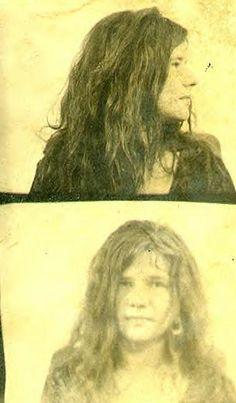 mug shot-Janis Joplin Janis Joplin, Vintage Photo Booths, Vintage Photos, Funny Mugshots, Celebrity Mugshots, Acid Rock, Hippie Man, Rock Legends, Jimi Hendrix