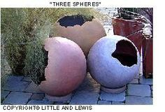 Make your own hollow concrete garden spheres - Instructions at…