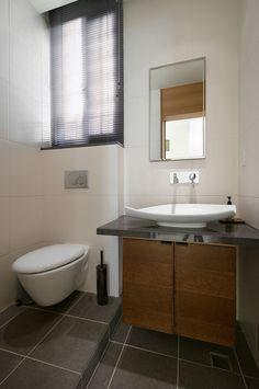5-Modern-bathroom-vanity
