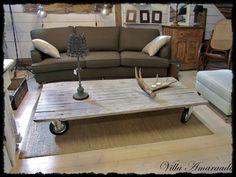 sohvapöytä pyörillä vanhasta ovesta - Google-haku