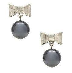 these bow earrings are darling! Bow Earrings, Kate Spade Earrings, Pearl Drop Earrings, Silver Bow, Silver Pearls, Jewelry Shop, Jewelry Design, Kate Spade Designer, Handbags On Sale