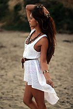 The cut on this dress is soo cute. I would love to rock this at the beach this summer!
