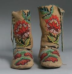 Antique Native American Indian Beaded Boots-Moccasins / Crow - 1930's