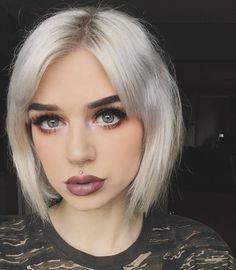 "1,818 Synes godt om, 14 kommentarer – Short Hair Ideas (@short_hair_ideas) på Instagram: ""Credits to @fernxallysa 🌴🌴 😍#model #pixiehair #hairs #hairfashion #newhaircut #instacool…"""