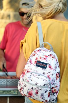 Small and light, the JanSport Half Pint is the perfect throw-on-and-go backpack. Stylish Backpacks, Cute Backpacks, School Backpacks, Backpack Purse, Mini Backpack, Disney Princess Backpack, Jansport Superbreak Backpack, African Wear Dresses, Toddler Backpack