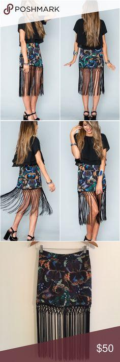 🎉Host Pick🎉 Show Me Your Mumu MK Mini Skirt Show Me Your Mumu MK Mini Skirt in BeautyFly, good condition, size medium. Bundle to save 10% off ❤️ Show Me Your MuMu Skirts