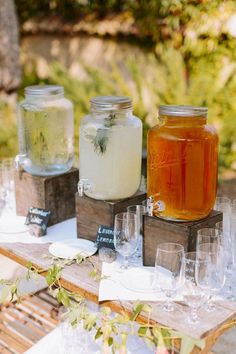 A lovely rustic Sonoma wedding with a whimsical coral and navy blue palette. Lovely idea for drinks at an outdoor wedding reception. Wedding Blog, Our Wedding, Wedding Hacks, Trendy Wedding, Rustic Backyard, Wedding Backyard, Backyard Ideas, Bar Drinks, Drink Bar