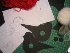 Tina& handicraft : how to make a pom - pom birds Crochet For Kids, Hand Crochet, Winter Art Projects, How To Make A Pom Pom, Pom Pom Crafts, Felt Birds, Ribbon Design, Mermaid Blanket, Easter Crafts For Kids