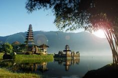 Wisata Ulun Danu Beratan Singaraja Bali