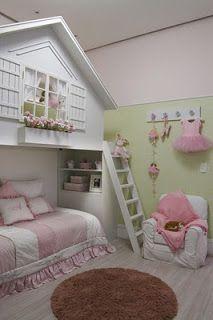 Speelhuis boven bed