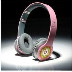 Image from http://img2.everychina.com/img/41/44/b4337c83c79aa41063402d14eb89-250x250c1-489c/2014_new_beats_by_dre_solo_coloful_diamond_pink_headphones.jpg.