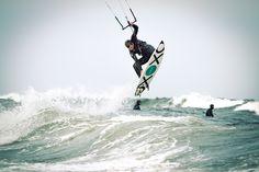 Der ferienwohnungen.de Kitesurfer. Kitesurf, kitesurfen, kitesurfing, kite, Ostsee, Damp, Ostseebad, Eckernförder Bucht