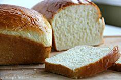 Amish White Bread Recipe. It's perfect sandwich bread. | Bakerette.com