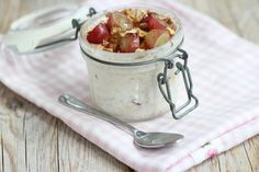 Photo by Lekker en Simpel Clean Recipes, Cooking Recipes, Healthy Recipes, Healthy Food, Food Vans, Good Food, Yummy Food, Overnight Oats, Smoothie Bowl