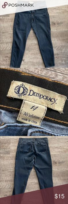DEMOCRACY Ab Technology Skinny Jeans Jeggings Comfortable and super cute.  Size 14, and selling all my democracy 14 jeans.  Worn, but many wears remain! Democracy Jeans Skinny