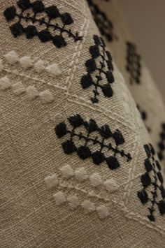Grand Sewing Embroidery Designs At Home Ideas. Beauteous Finished Sewing Embroidery Designs At Home Ideas. Hand Work Embroidery, Butterfly Embroidery, Embroidery Patterns, Machine Embroidery, Learning To Embroider, Satin Stitch, Needle And Thread, Diy Clothes, Needlework