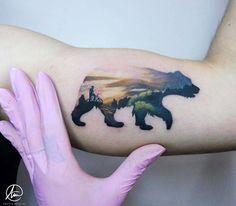 Silueta de oso pardo de montaña de 10cm de largo que se lleva Solis desde Granada hasta Córdoba. Un millón de gracias por elegirme para hacerte este diseño tan precioso que ha hecho Alek con amor y dedicación al más mínimo detalle Tattoo Artist: Andrea Morales